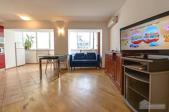 Spacious street view studio apartment , Studio (91782), 002