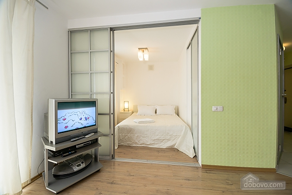 White family jaсuzzi apartment with balcony and sofa bed, One Bedroom (24431), 002