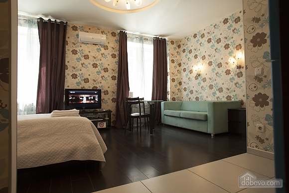 Street view cozy double room with large jacuzzi, Monolocale (46947), 006