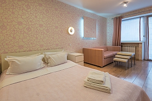 Pink spacious studio apartment with jacuzzi and balcony, Studio, 011