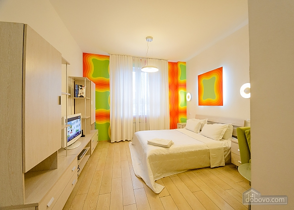 Top floor Orange double room with jacuzzi, Studio (92045), 003