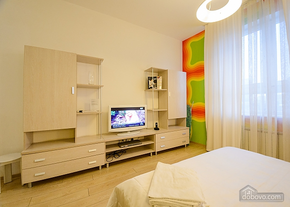 Top floor Orange double room with jacuzzi, Studio (92045), 007