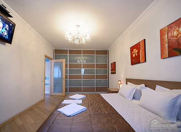 Superior one-bedroom jacuzzi apartment with kitchen and balcony , Un chambre (92177), 005