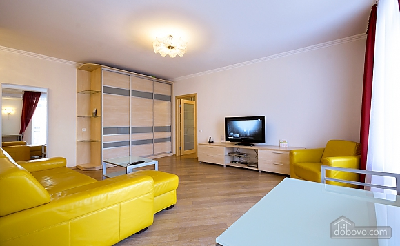 Superior one-bedroom jacuzzi apartment with kitchen and balcony , Un chambre (92177), 009