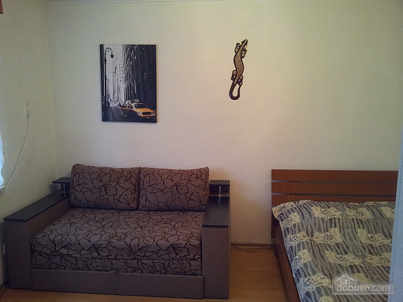 3 Леси Украинки, 1-комнатная (47211), 002