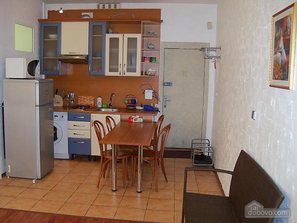 Комфортна квартира, 3-кімнатна (47276), 005