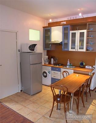 Комфортна квартира, 3-кімнатна (47276), 002