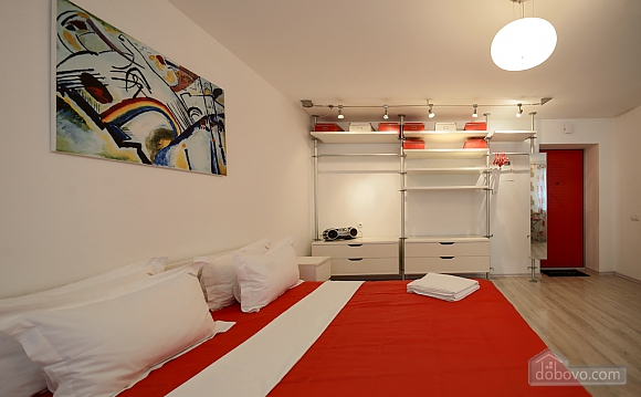 Red and White studio apartment with balcony and kitchenette, Monolocale (92309), 006