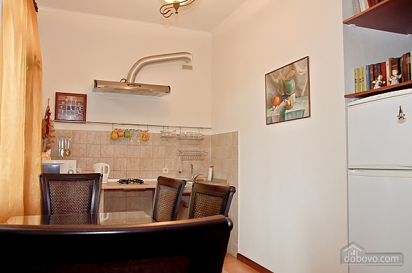 First floor one-bedroom large apartment with bathtub, Un chambre (92375), 005