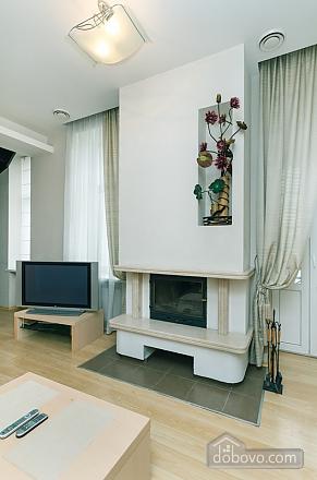 6 Zankovetskoi, Deux chambres (70056), 003