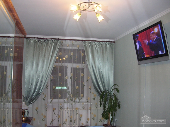 43 Soborna, One Bedroom (70122), 002