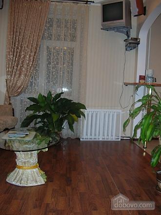 43 Soborna, One Bedroom (70122), 005
