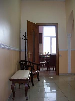 38 Soborna, One Bedroom, 004