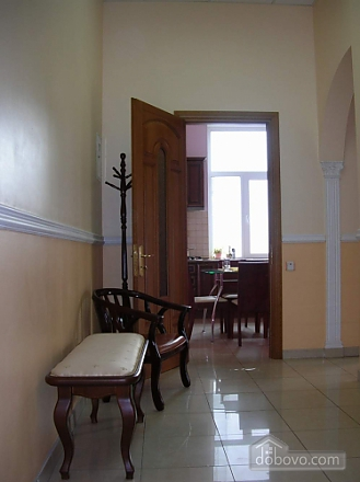 38 Soborna, One Bedroom (70188), 004