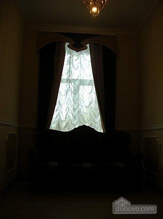 38 Soborna, One Bedroom (70188), 005