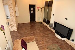 24 Preobrazhenskaja, Zweizimmerwohnung, 002