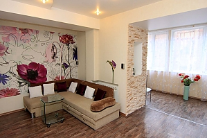 24 Preobrazhenskaja, Zweizimmerwohnung, 004