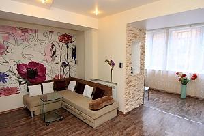 24 Preobrazhenska, Un chambre, 004