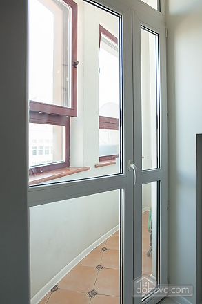 Stylish Black & White one-bedroom apartment with king-size bed, Una Camera (26013), 006