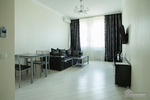 Stylish Black & White one-bedroom apartment with king-size bed, Zweizimmerwohnung (26013), 010