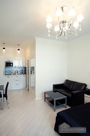 Stylish Black & White one-bedroom apartment with king-size bed, Zweizimmerwohnung (26013), 016