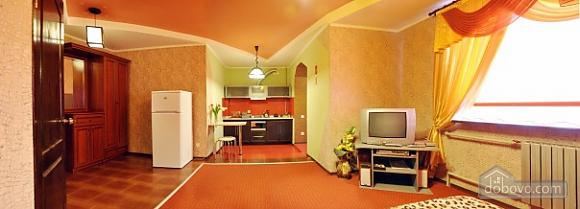Квартира в центральній частині міста, 1-кімнатна (93627), 002