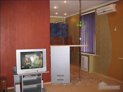 Квартира з хорошим ремонтом, 2-кімнатна (71441), 001