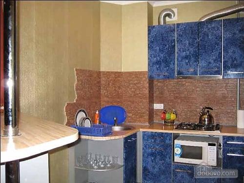 Квартира з хорошим ремонтом, 2-кімнатна (71441), 003