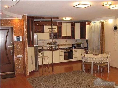 Современные люкс апартаменты, 3х-комнатная (49122), 002