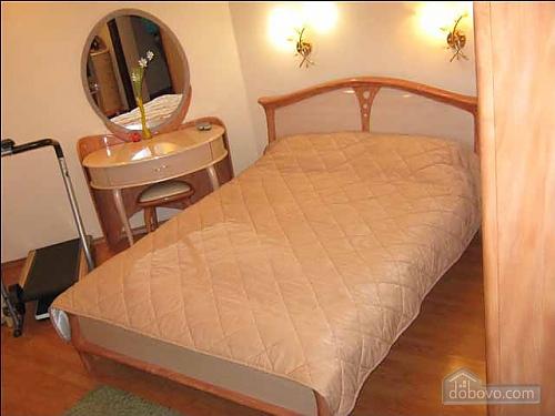 Современные люкс апартаменты, 3х-комнатная (49122), 003
