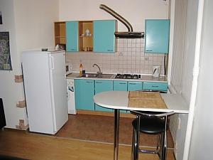 18, Rue  Kropyvnytskogo , Studio, 004