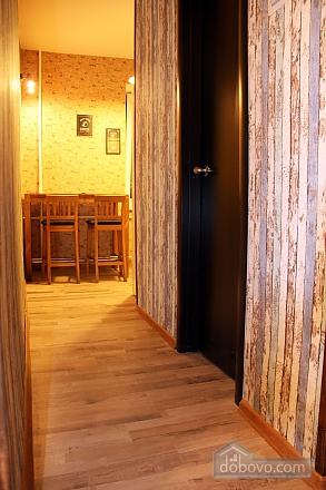 2 Gospitana, Un chambre (18130), 007
