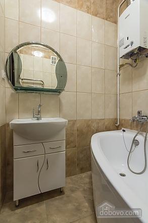 Квартира з хорошим ремонтом, 2-кімнатна (40910), 010