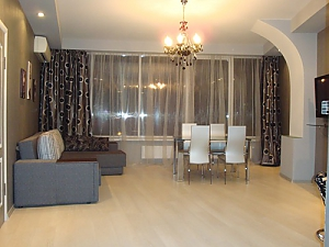 Excellent apartment with new renovation, One Bedroom, 003