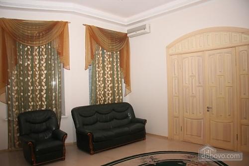 Квартира в центрі Києва, 2-кімнатна (42031), 003