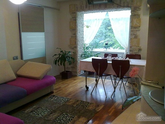 Apartment in a quiet district, Two Bedroom (71994), 001