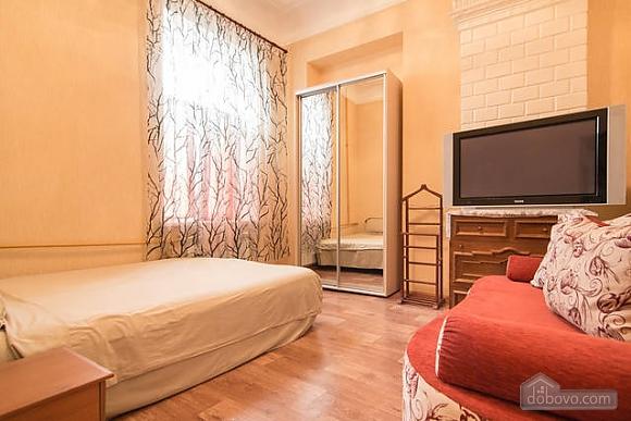 Красива квартира біля Оперного театру, 1-кімнатна (17086), 019