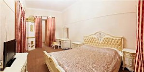 Pretty apartment in the center of Lviv, Two Bedroom, 001