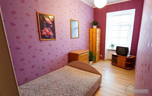 Шикарная квартира в самом центре Львова, 2х-комнатная (58637), 003