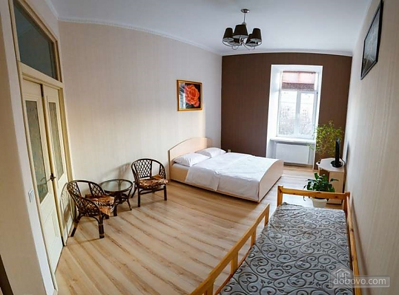 Шикарная квартира в самом центре Львова, 2х-комнатная (58637), 007