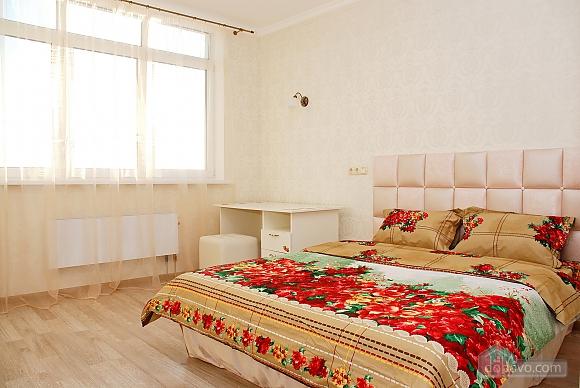 Красивая квартира с видом на Днепр, 3х-комнатная (60211), 004