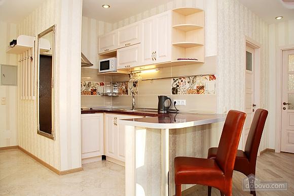 Красивая квартира с видом на Днепр, 3х-комнатная (60211), 008