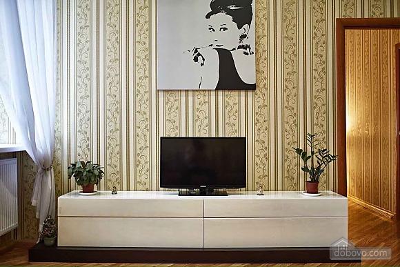 Апартаменты в центре Львова, 2х-комнатная (91475), 010