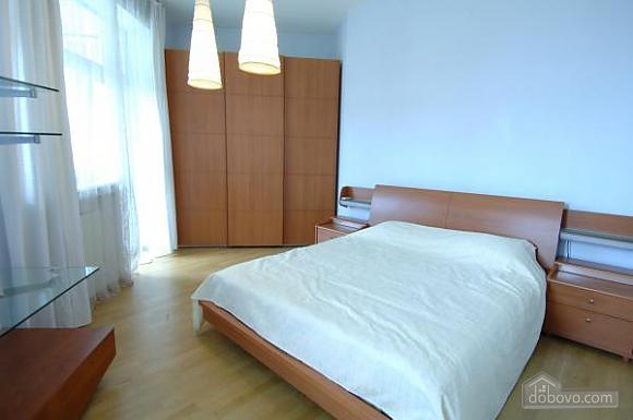 Penthouse with a sauna at Nezalezhnosti square, Dreizimmerwohnung (37457), 006
