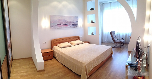 Apartment on Ekaterininskaya Street, One Bedroom (64549), 001