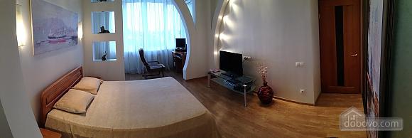 Apartment on Ekaterininskaya Street, One Bedroom (64549), 003