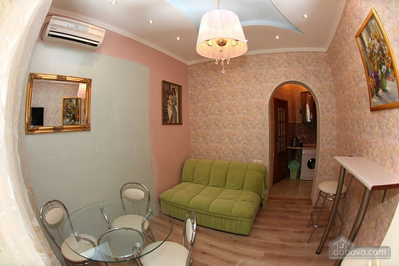Apartment with a patio, One Bedroom (59103), 003