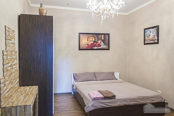 Apartment with a patio, Un chambre (59103), 001