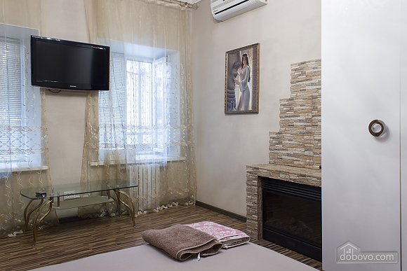 Apartment with a patio, One Bedroom (59103), 007