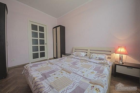 Апартаменты на Майдане Независимости, 2х-комнатная (55527), 005